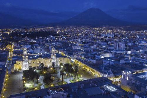 El Hay Festival Arequipa se desarrollará del 28 de octubre hasta el 8 de noviembre por la plataforma Zoom. Foto: ANDINA/Difusión