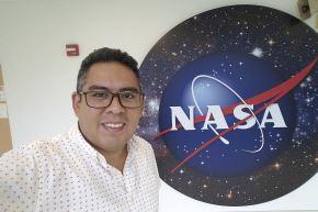 José Carlos Aponte se encarga de analizar la materia orgánica de los meteoritos en la NASA