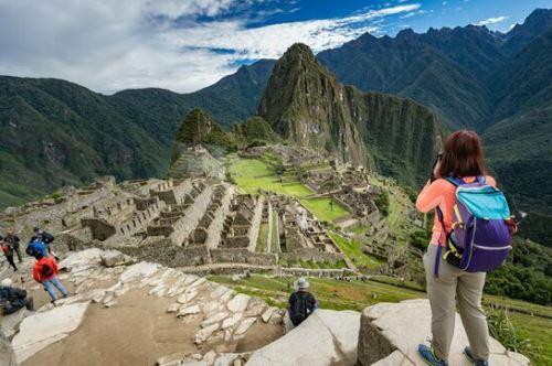 El proceso de certificación de Machu Picchu va en concordancia con el compromiso de la municipalidad distrital de lograr, en articulación con el sector privado, convertir al santuario histórico en el primer destino turístico del mundo en reducir sus emisiones de carbono.
