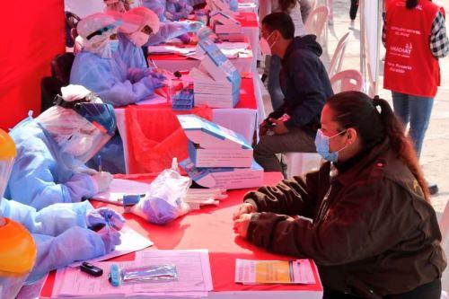 Minsa brinda evaluación médica, descarte y tratamiento de Covid-19 a más de 2000 personas en el Rímac