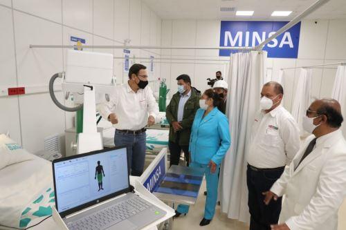 El presidente de la República, Martín Vizcarra, pone en marcha el Centro de Atención y Aislamiento Temporal de Huancavelica para la atención de pacientes con Covid-19