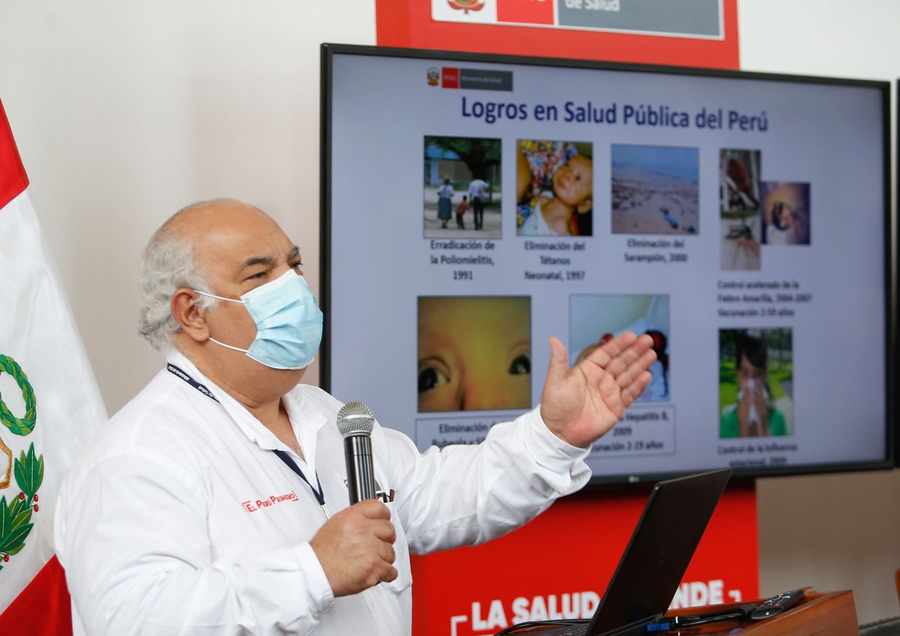 El viceministro Luis Suárez Ognio recordó que las vacunas anticovid-19 serán administradas por el Ministerio de Salud. Foto: ANDINA/Minsa.