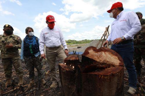 Ministros de Defensa e Interior supervisan acciones contra la minería ilegal en Madre de Dios