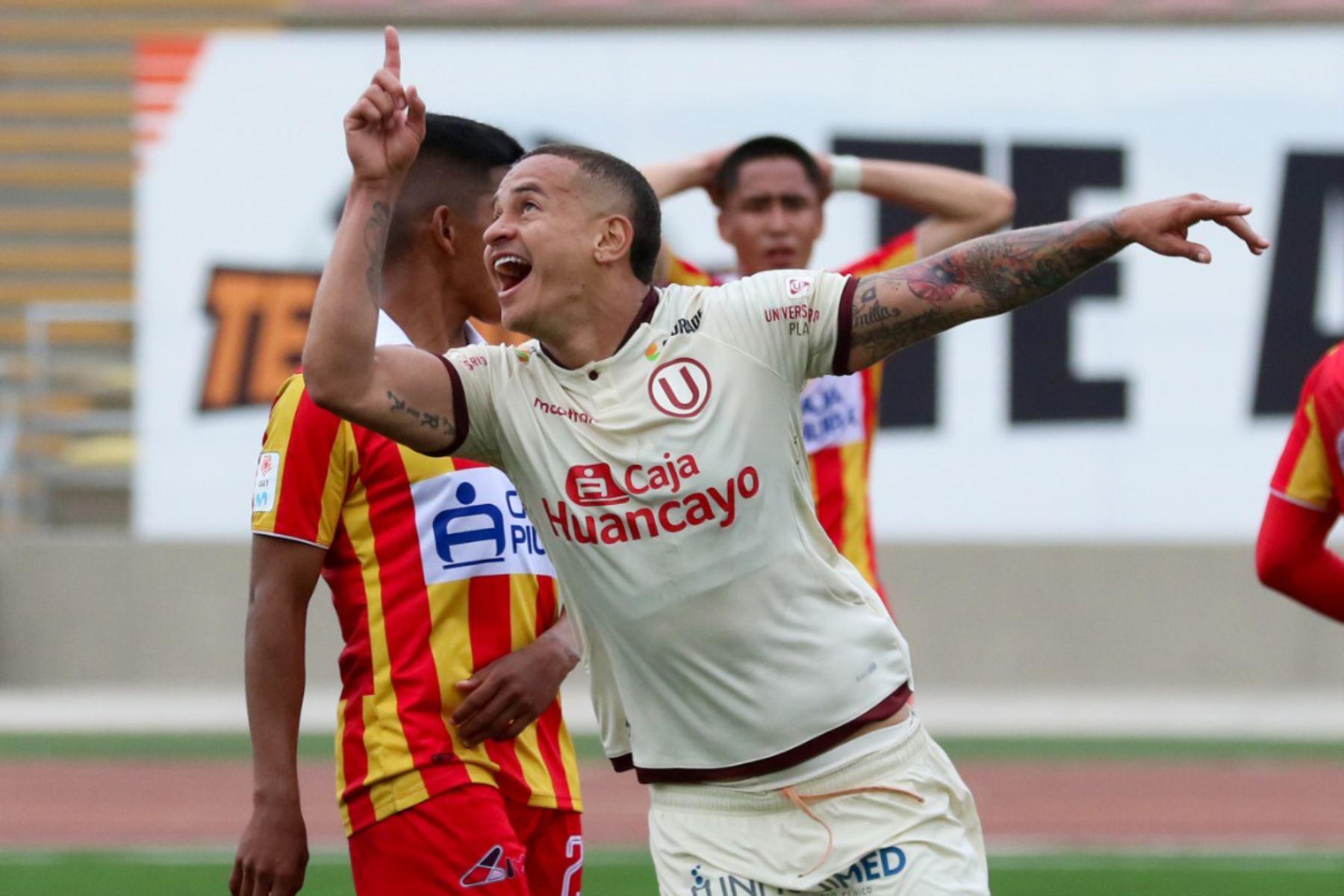 Donald Millán celebra su gol  del triunfo de Universitario de Deporte ante el Atlético Grau,  en partido de la fecha 1 Fase 2 de la Liga Movistar, en el estadio UNMSM. Foto: ANDINA/ Liga 1