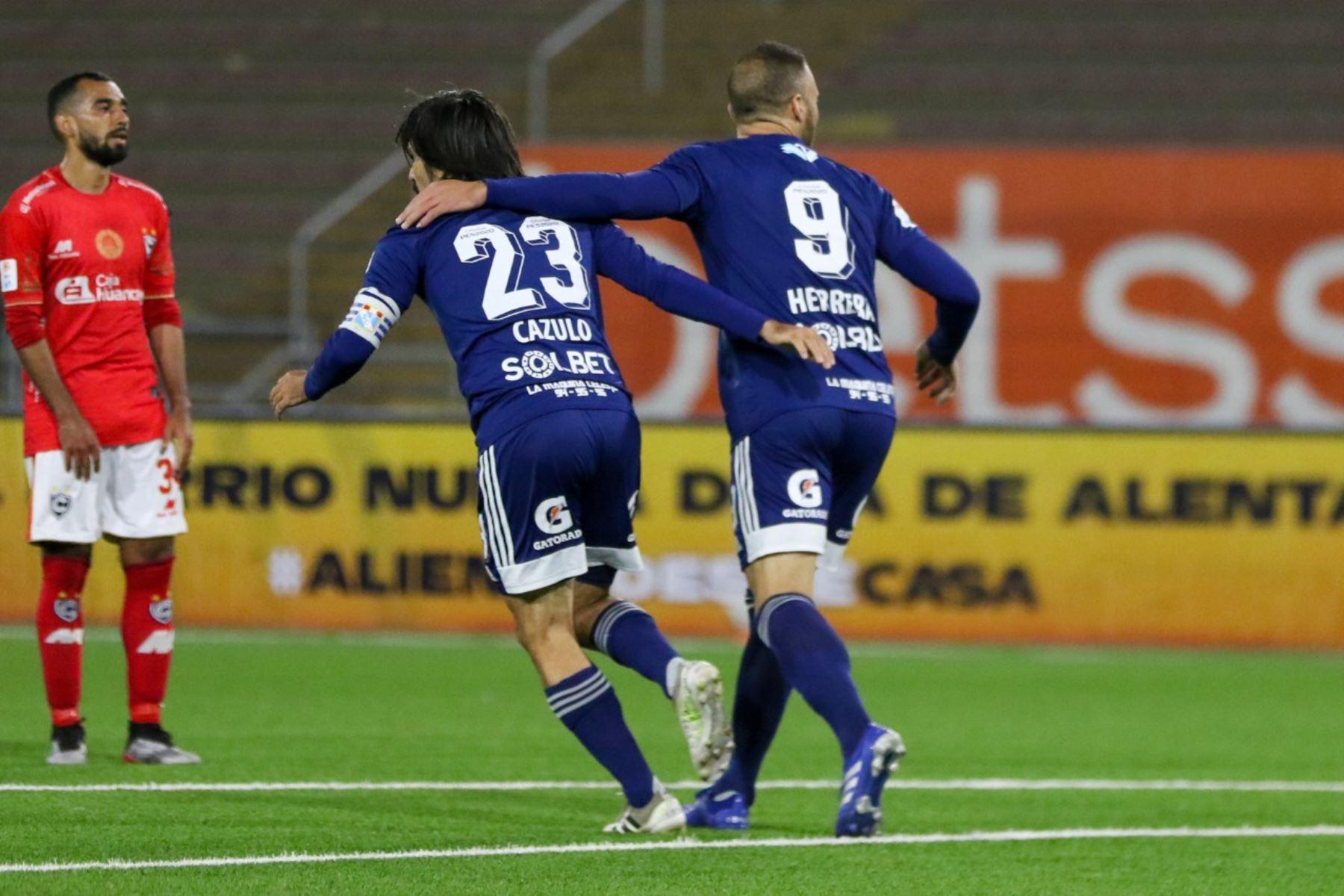 Jorge Cazulo del Sporting Cristal celebra su gol del triunfo, en partido de la fecha 1 Fase 2 de la Liga Movistar, en el estadio UNMSM. Foto: ANDINA/ Liga 1