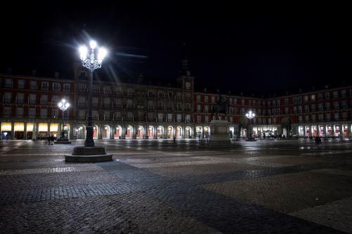 Coronavirus: España declara estado de emergencia nacional y toque de queda para frenar el rebrote de la pandemia