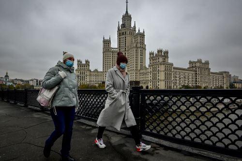 Rusia supera los 1.5 millones de casos de Covid-19