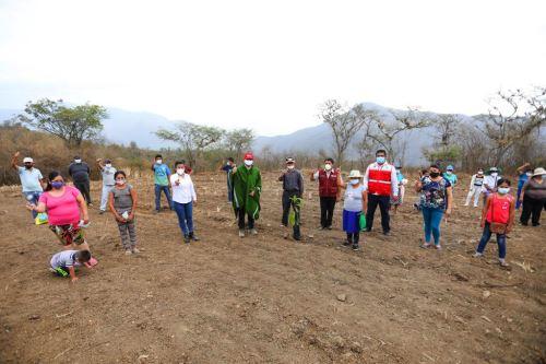 Piura: Minagri y gobierno regional suscriben convenio para mejorar actividad pecuaria