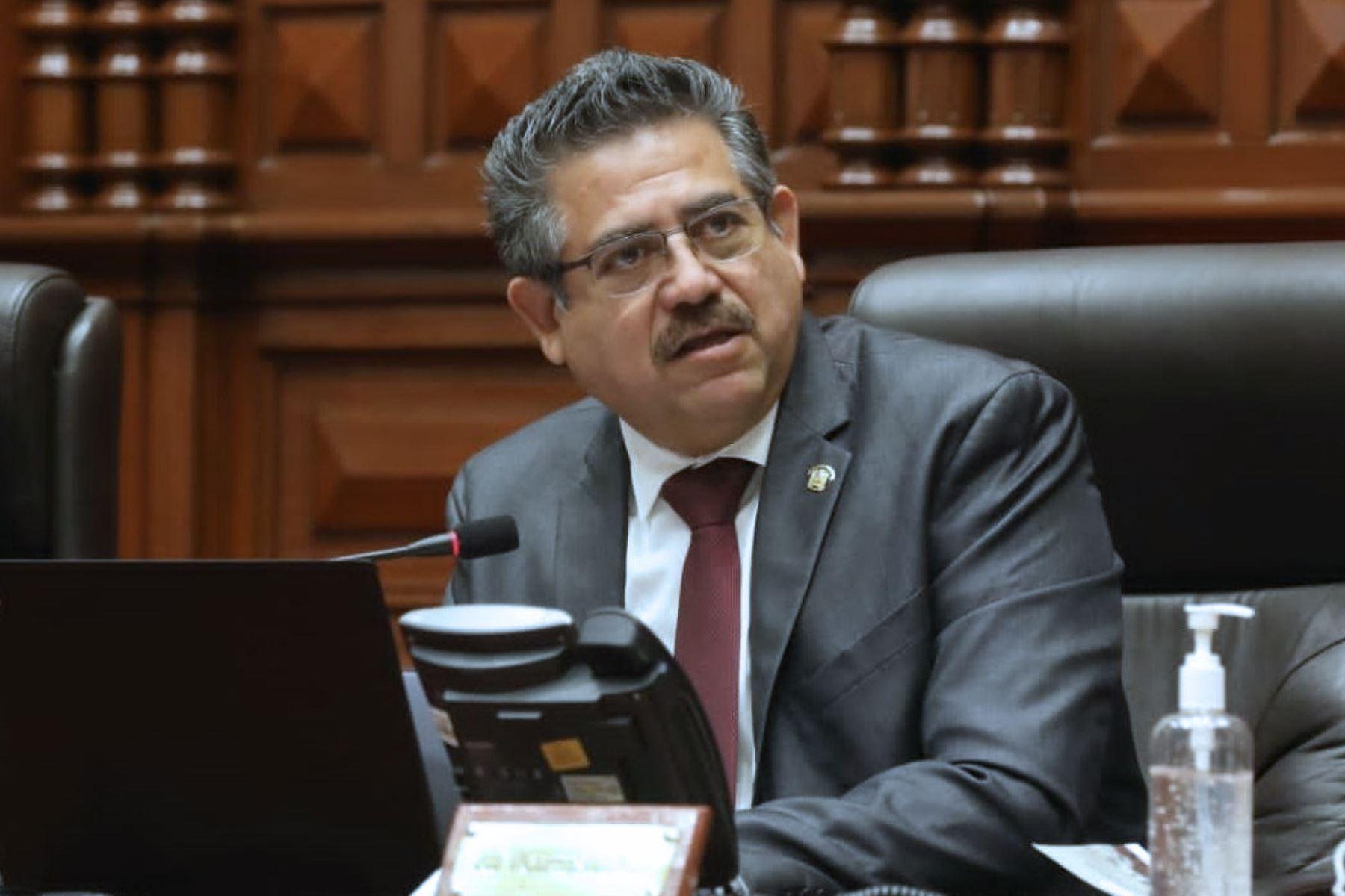 Titular del Congreso posterga debate sobre vacancia presidencial | Noticias