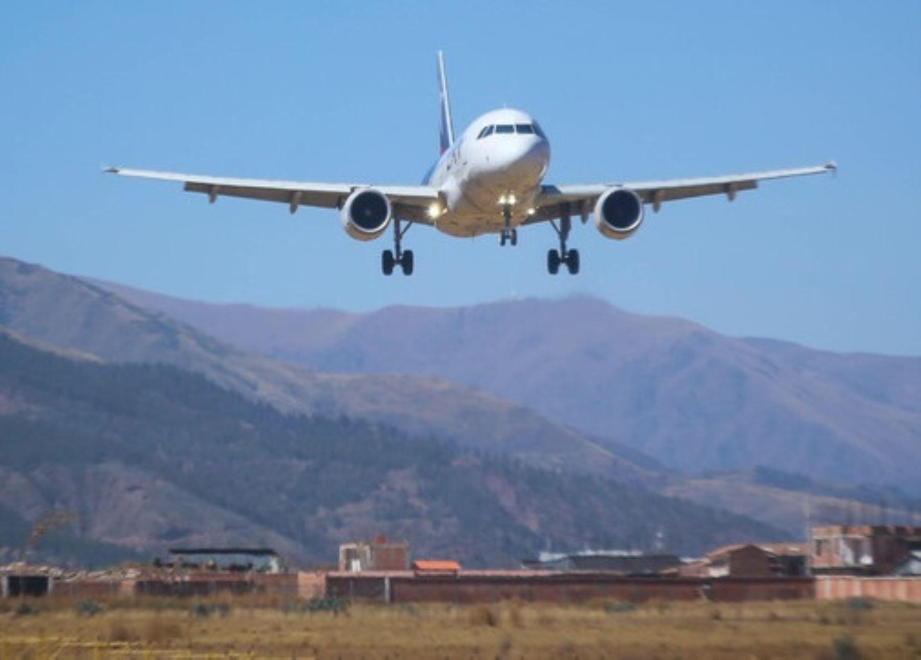 Corpac ampliará horario de atención de operaciones aéreas en siete aeropuertos del país, entre ellos los ubicados en Arequipa e Iquitos. ANDINA/Difusión