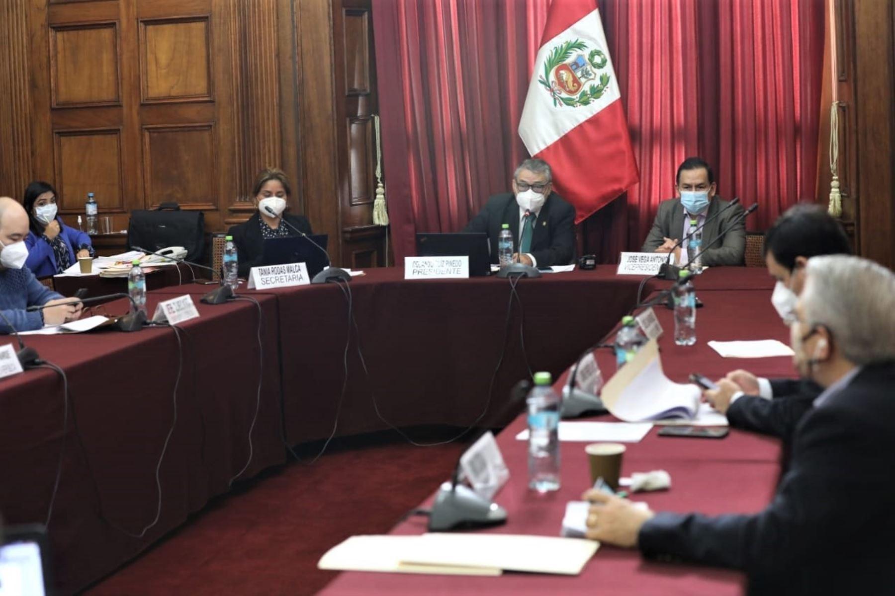 Congresista Rolando Ruíz, presidente de la comisión especial encargada de seleccionar a los candidatos al Tribunal Constitucional (TC)