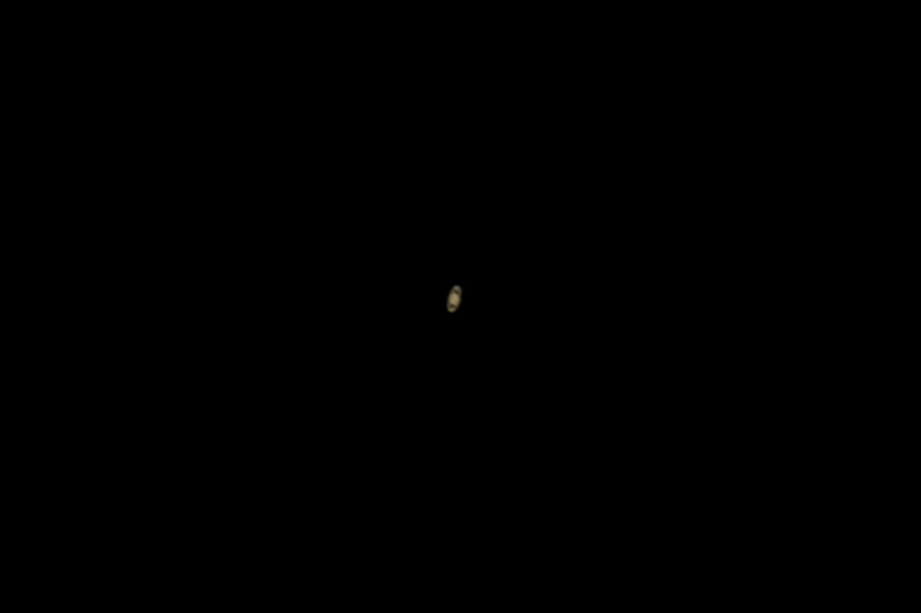 El planeta Saturno, caracterizada por sus anillos, también se pudo observar esta noche. Foto: ANDINA/Carlos Lezama