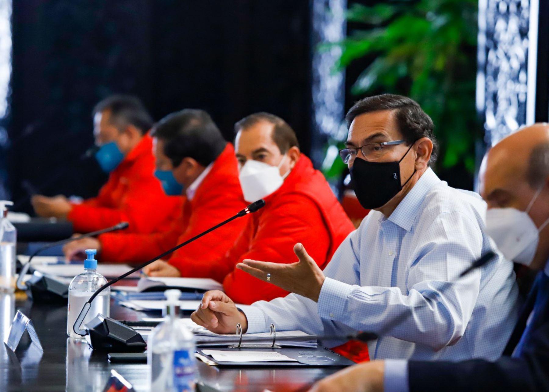 Presidente Martín Vizcarra lidera nueva sesión del Consejo de Ministros.