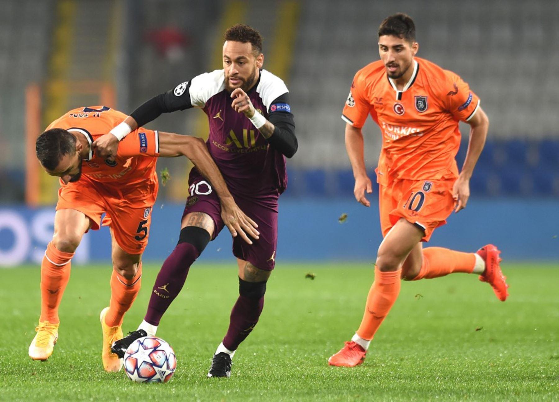 PSG triunfa en Estambul, pero pierde a Neymar, quien salió lesionado | Noticias
