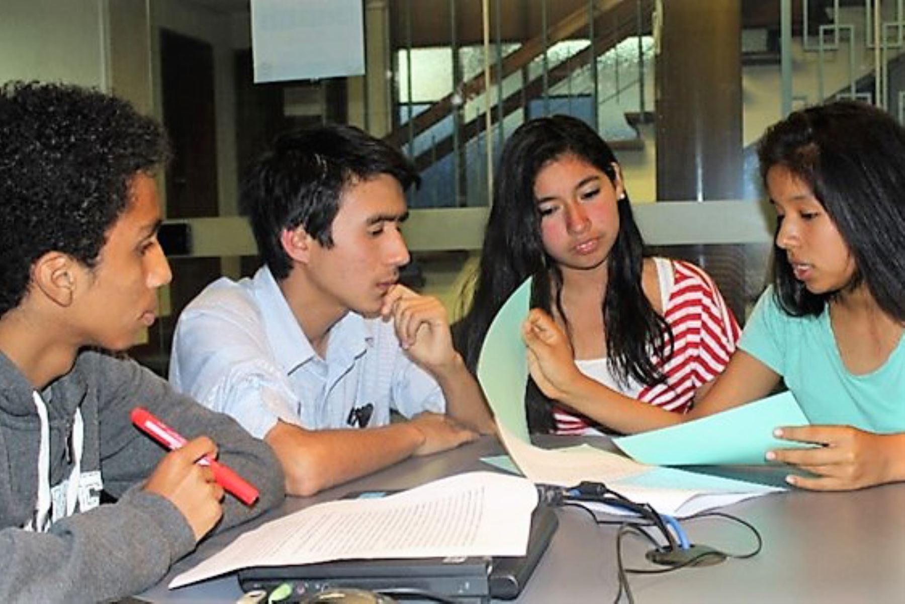 Unicef presentó el Índice de Bienestar Adolescente (IBA), una herramienta que permitirá mejorar las políticas públicas orientadas a este sector de la población. Foto: Unicef
