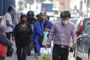 Población vive una falsa sensación de seguridad debido a la reducción progresiva de nuevos casos de covid-19. Foto: ANDINA/Renato Pajuelo
