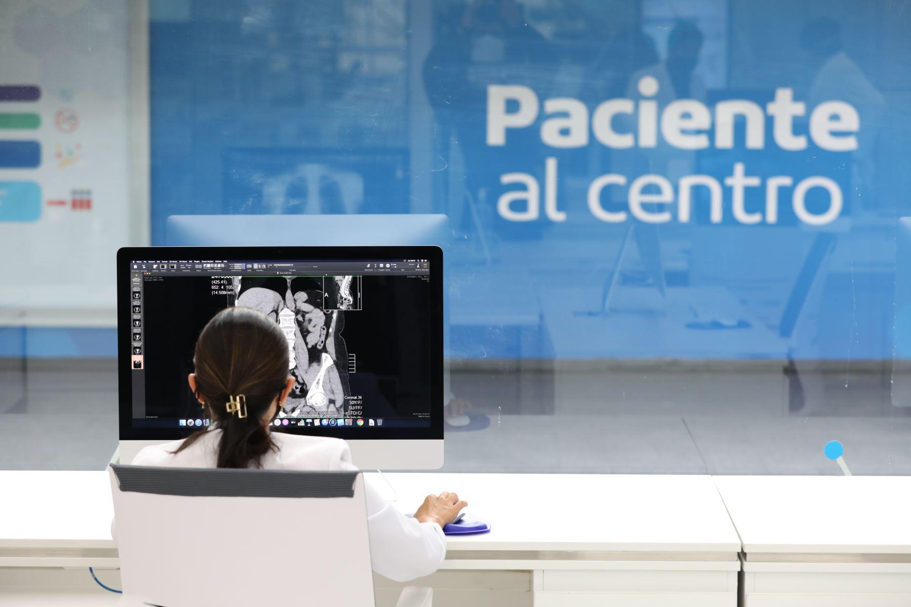 Participaron de su inauguración el presidente de la República, Martín Vizcarra, y la titular del Seguro Social, Fiorella Molinelli. Foto: ANDINA/EsSalud