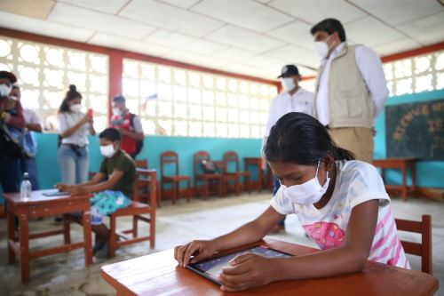 """""""Estamos preparados para recuperar con ustedes aquello que se haya perdido y también para potenciar lo mucho que hemos ganado en este periodo"""", señaló el ministro de Educación, Martín Benavides. Foto: ANDINA/Minedu"""