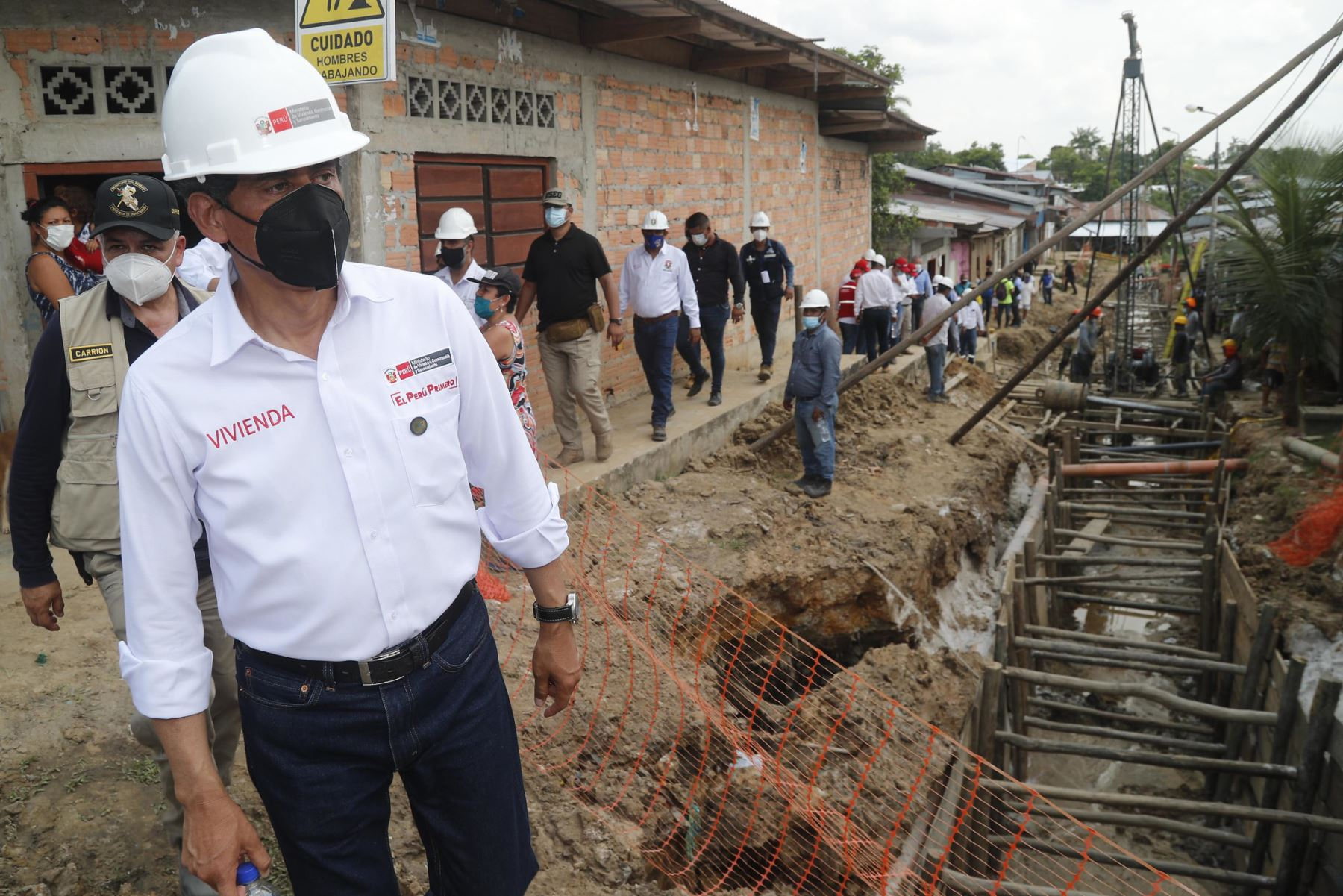 El ministro de Vivienda, Construcción y Saneamiento, Carlos Lozada, cumple agenda de trabajo en la región Loreto. Foto: ANDINA/Difusión