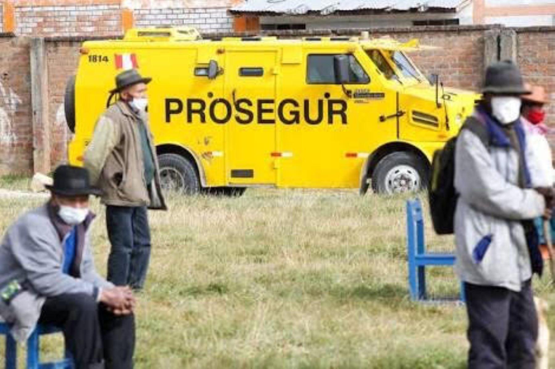 Bono Yanapay Perú: tercer grupo empezará a cobrar desde el 18 de octubre