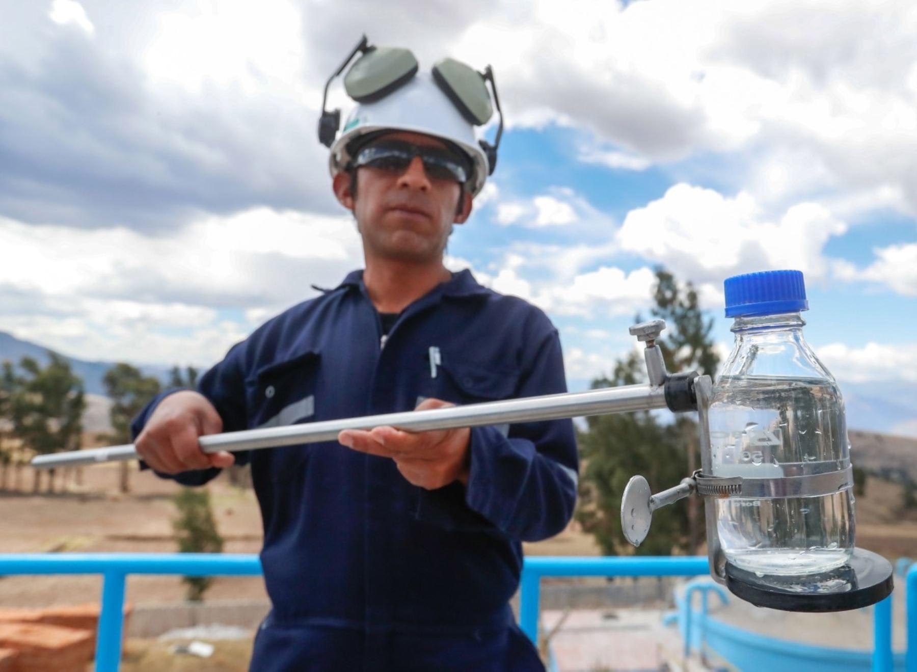 El Ministerio de Vivienda anunció que en diciembre se Iniciarán estudios para la detección de covid-19 en las aguas residuales de las ciudades de Arequipa y Lima. ANDINA/Difusión