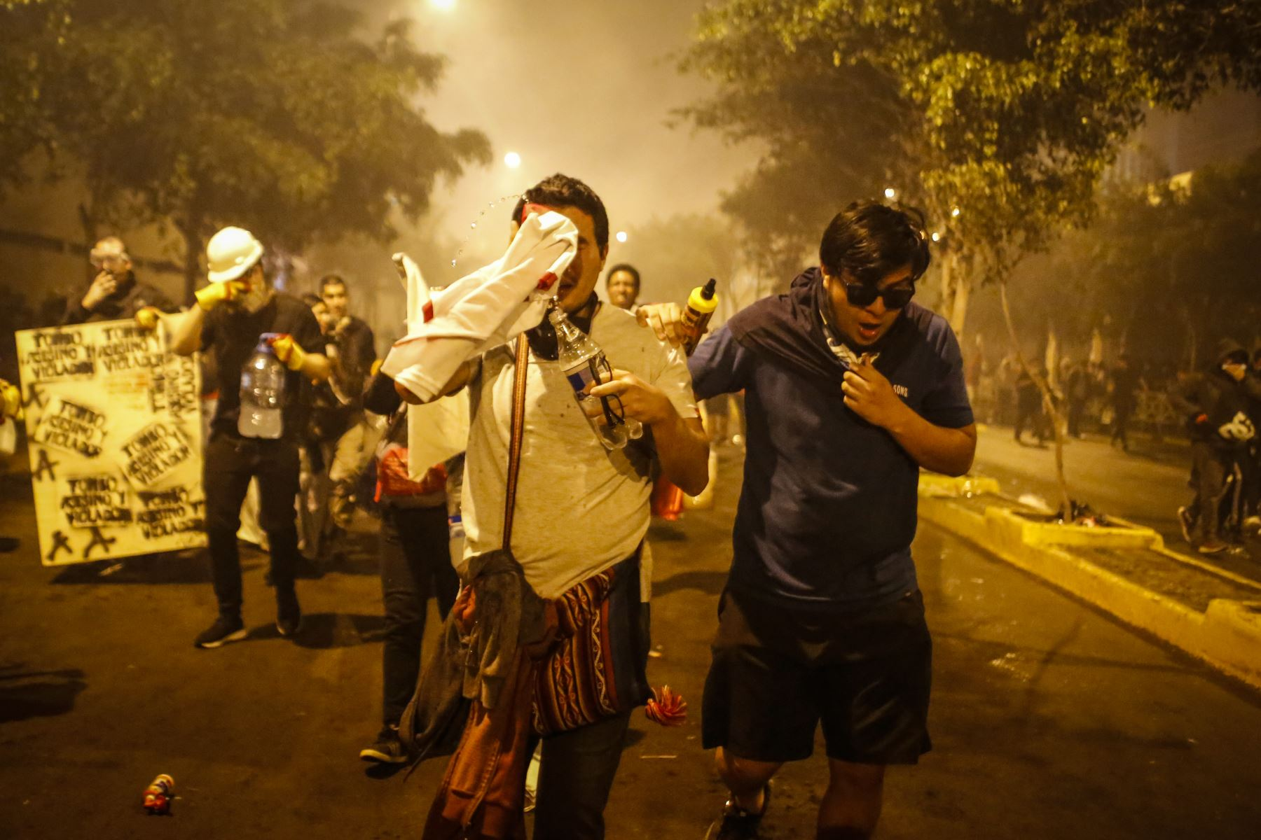 Young people demonstrate in Lima, Peru. Photo: ANDINA