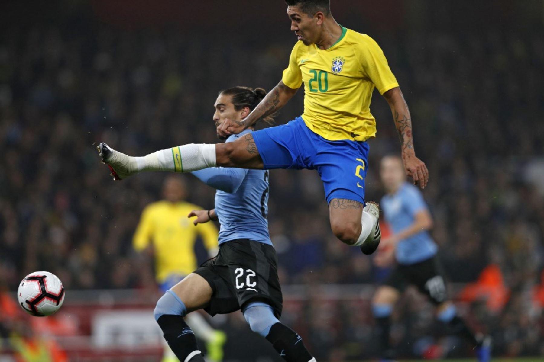 uruguay-sin-luis-suarez-por-covid-19-recibe-hoy-al-lider-brasil