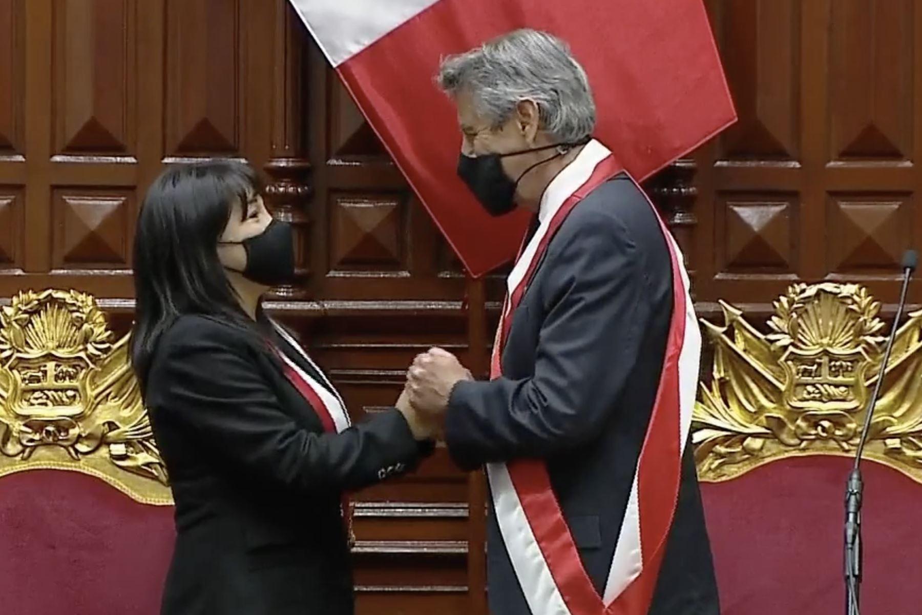 conoce-a-mirtha-vasquez-la-nueva-presidenta-del-congreso