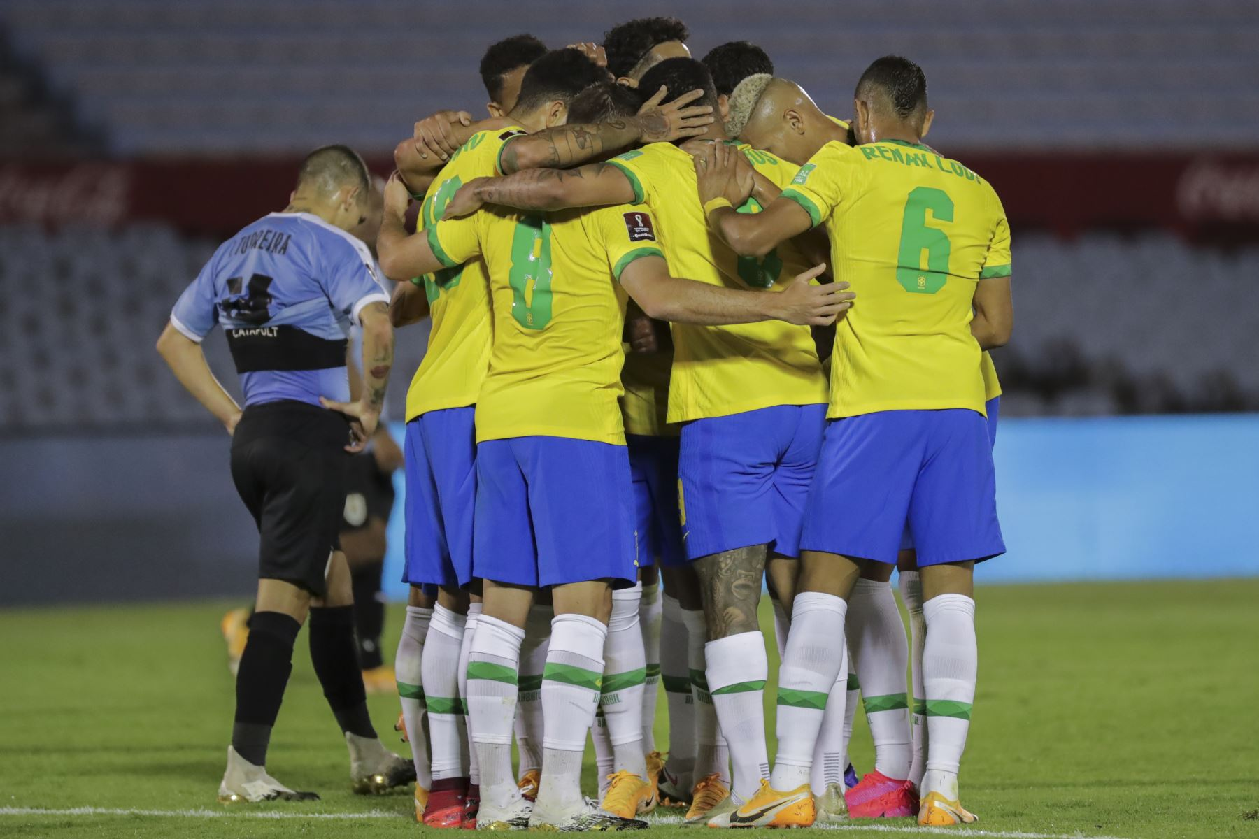 segunda-etapa-brasil-supera-2-a-0-a-uruguay