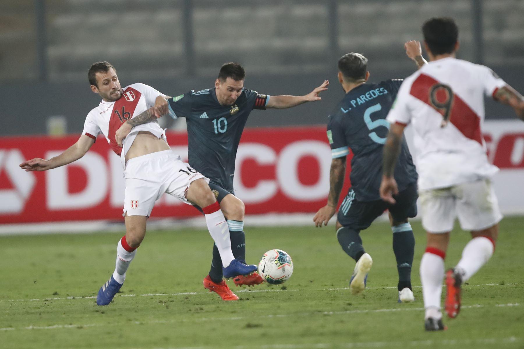 Perú cayó 2-0 ante Argentina en el Estadio Nacional de Lima por la fecha 4 de las eliminatorias rumbo a Qatar 2022. Foto: ANDINA/Juan Carlos Guzmán