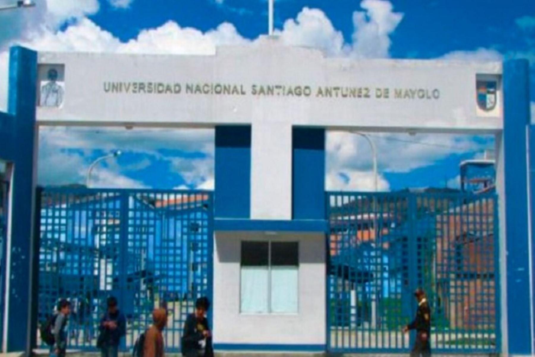 indecopi-multa-con-s-51600-a-universidad-santiago-antunez-de-mayolo-de-huaraz
