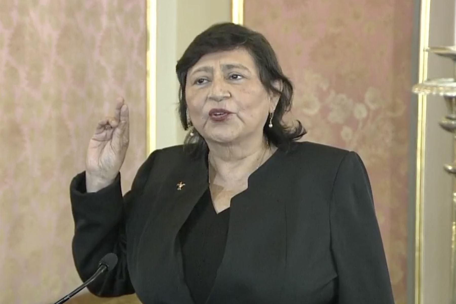 silvia-loli-espinoza-juro-como-nueva-ministra-de-la-mujer-y-poblaciones-vulnerables