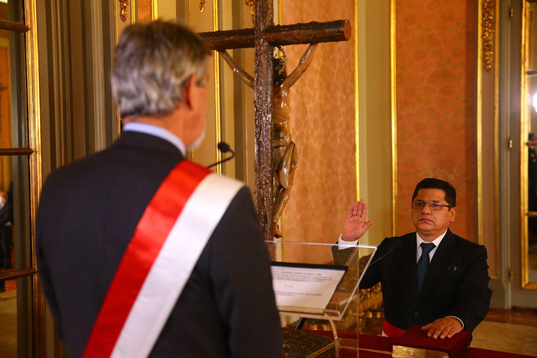 eduardo-vega-conoce-la-trayectoria-del-ministro-de-justicia-y-derechos-humanos