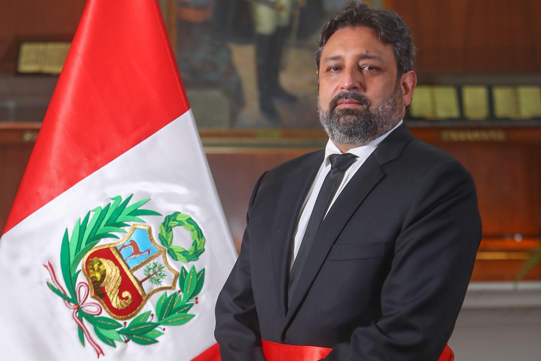 Ricardo Cuenca, ministro de Educación