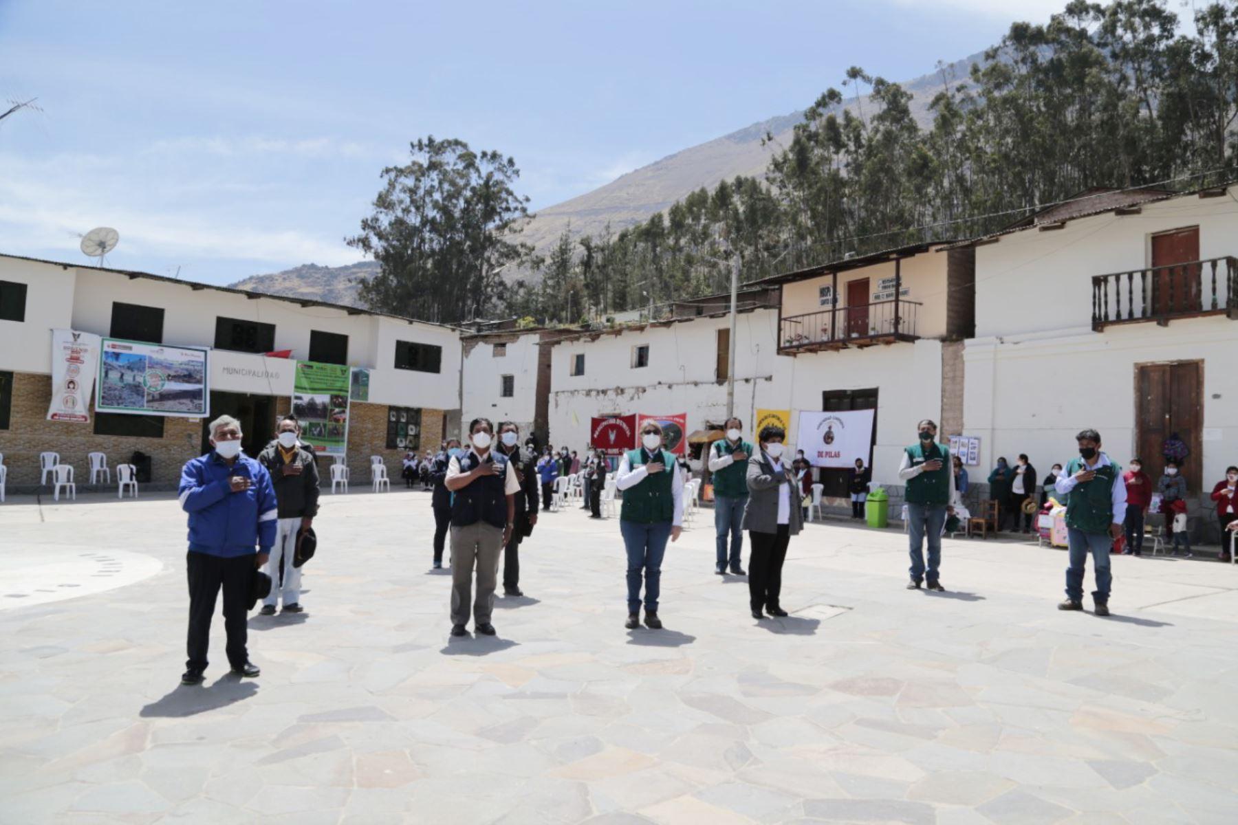 Un total de 1 260 familias rurales, dedicadas a las diferentes actividades ganaderas, pertenecientes a 07 provincias se favorecerán gracias a la Campaña de Siembra de Pastos y Forrajes en Lima Provincias. Foto: Minagri