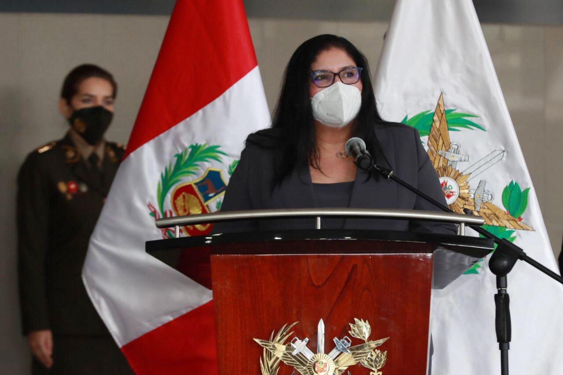 Ceremonia de presentación oficial de la ministra de Defensa, Nuria Esparch, ante los altos mandos de nuestras Fuerzas Armadas y el personal militar y civil del Mindef, en la sede central. Foto: Mindef