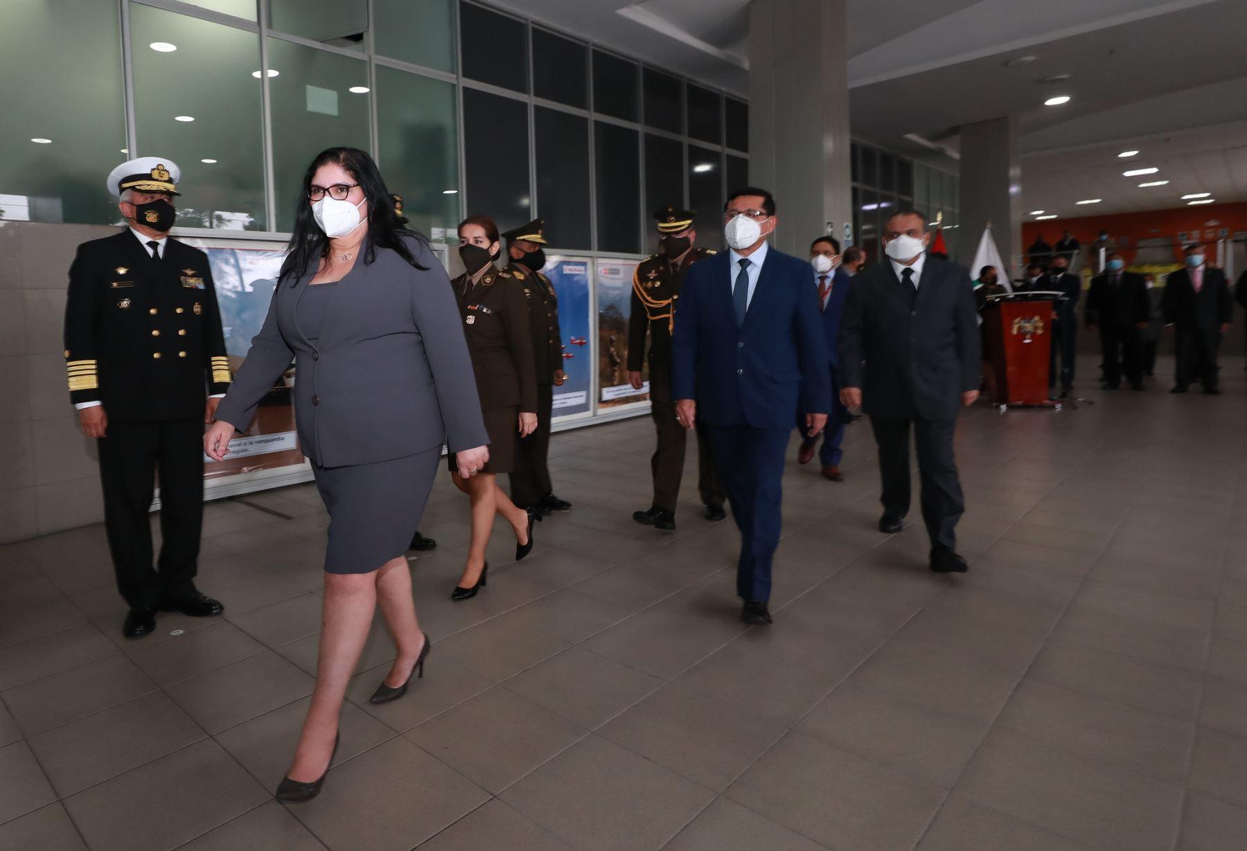 Ceremonia de presentación de la ministra de Defensa Nuria Esparch. Foto: Mindef