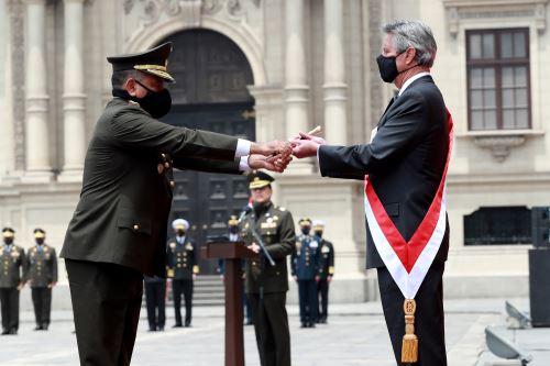 Presidente Francisco Sagasti es reconocido como jefe supremo de las FFAA y PNP