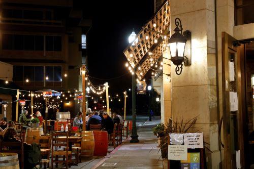 EE.UU: California bajo toque de queda nocturno ante aumento de casos Covid-19