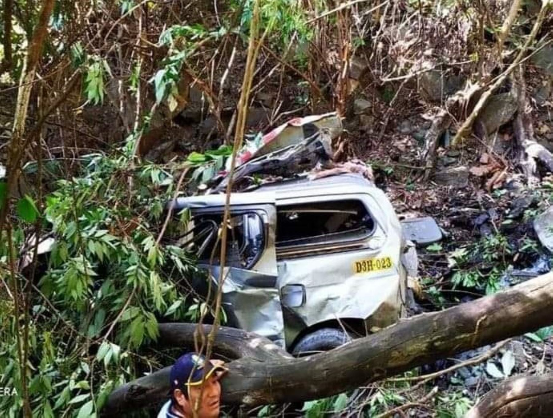 Despiste de vehículo en la vía alterna a Machu Picchu, en Cusco, deja al menos cinco muertos y un menor desaparecido. ANDINA/Difusión