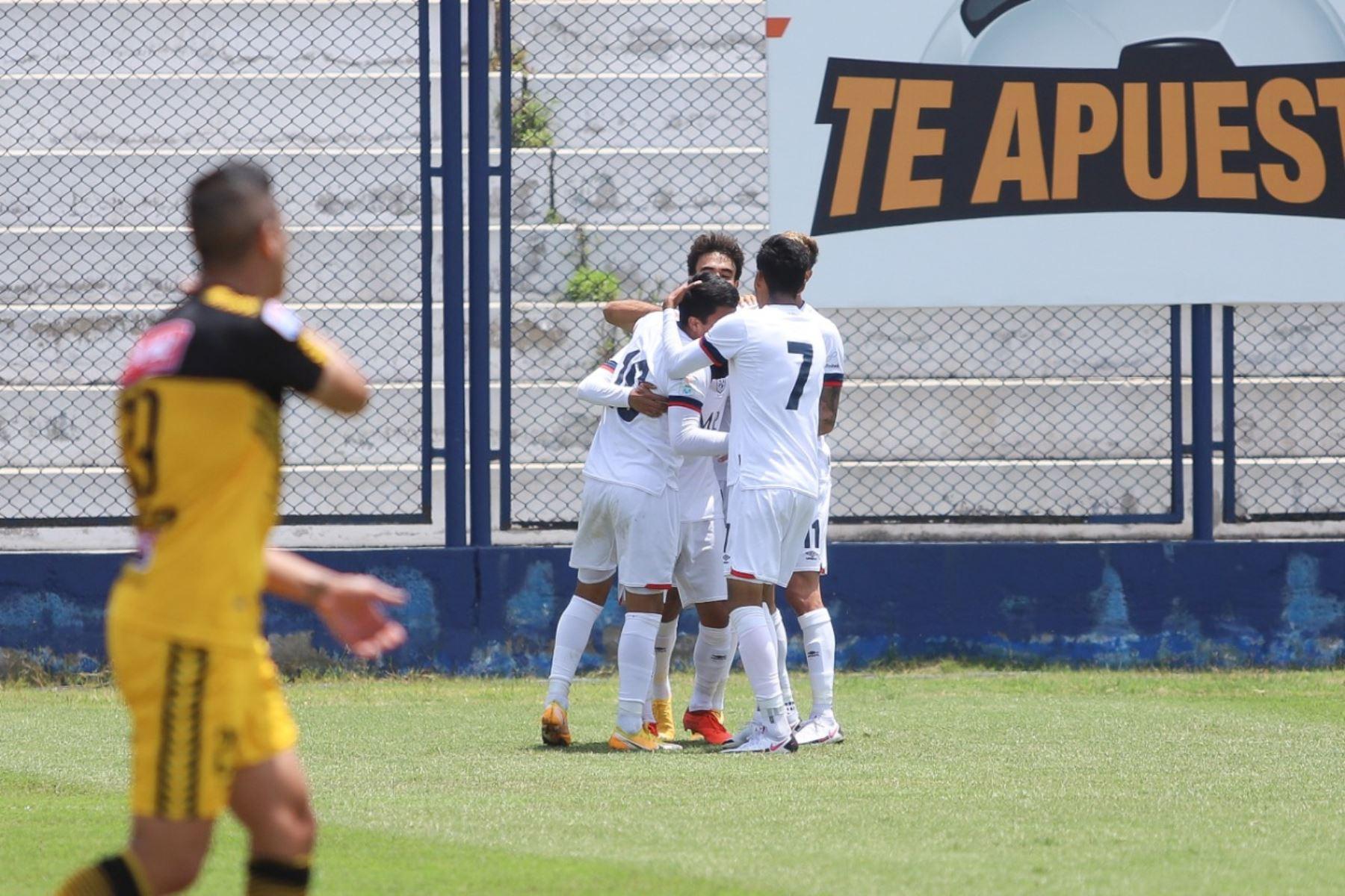 Jordan Guivin de San Martín anota ante Cantolao por la octava jornada de la fase 2 de la Liga 1, en el estadio Iván Elías Moreno. Foto: Liga 1