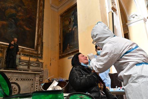Coronavirus : Italia registra casi 23.000 nuevos casos de covid -19