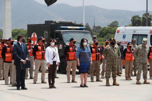 Las ministras de Salud, Pilar Mazzetti, y de Defensa, Nuria Esparch, participaron en la ceremonia de entrega de dos hospitales móviles donados por el gobierno de Estados Unidos. ANDINA/Difusión