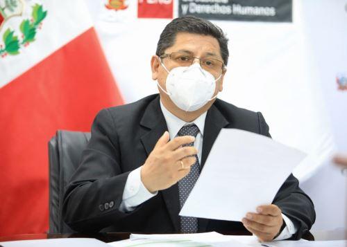 Ministro de Justicia, Eduardo Vega.
