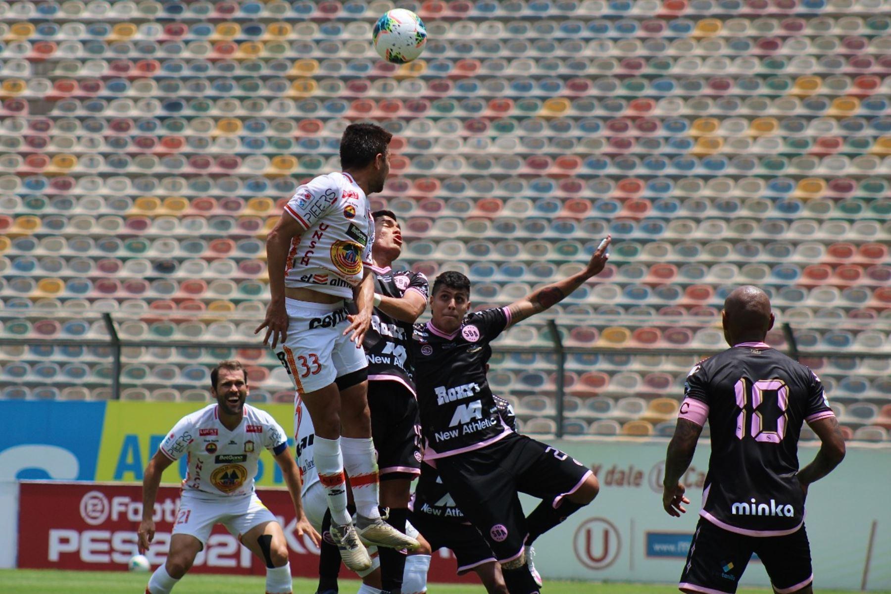 Sport Boys se enfrenta ante Ayacucho FC por la octava jornada de la fase 2, en el Estadio Monumental. Foto: ANDINA/Liga 1