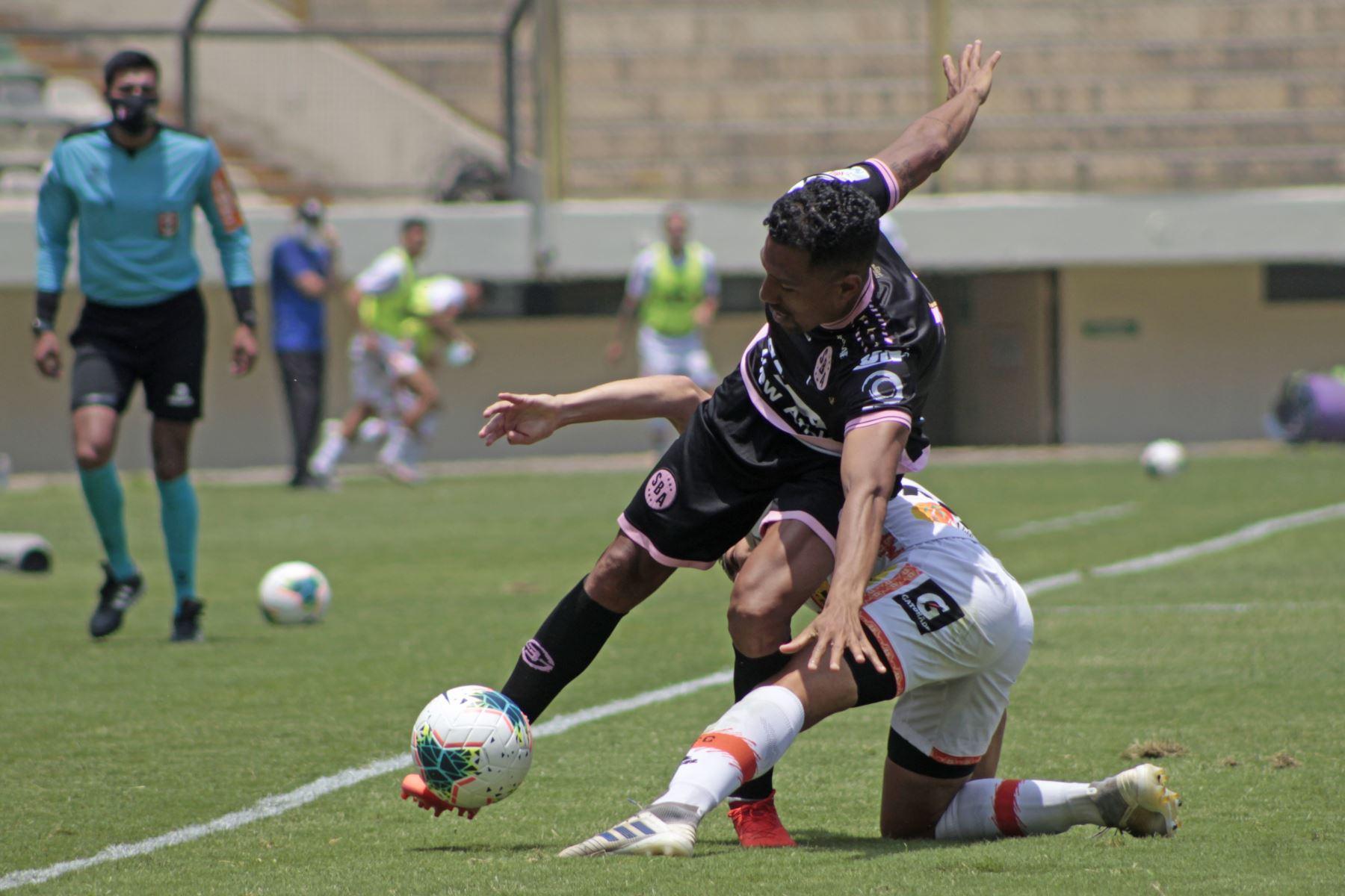 Sport Boys se enfrenta ante Ayacucho FC por la octava jornada de la fase 2, en el Estadio Monumental. Foto: Liga 1