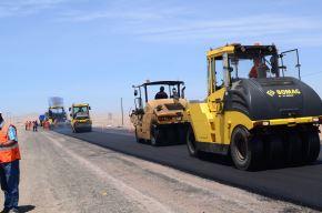 Construcción de carreteras. Cortesía Ositrán.