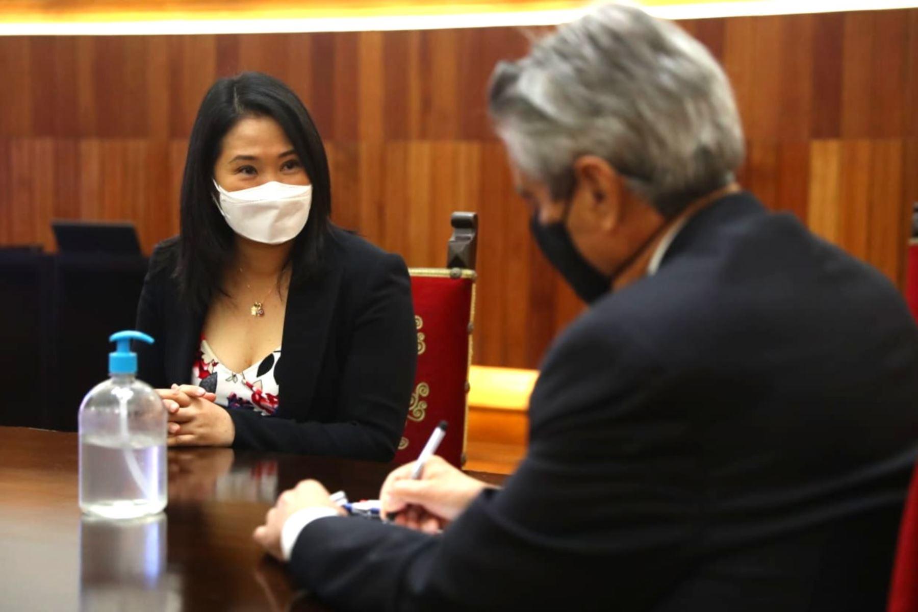 El presidente Francisco Sagasti se reúne con la lideresa de Fuerza Popular, Keiko Fujimori y el congresista y vocero de la bancada fujimorista, Diethell Columbus. Foto: ANDINA/Prensa Presidencia