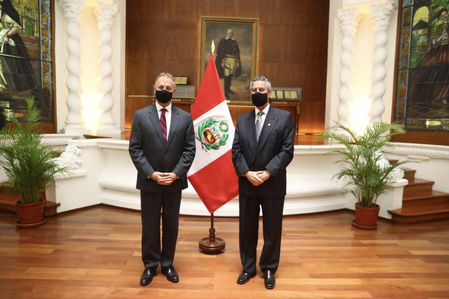 El Presidente de la República, Francisco Sagasti, se reúne con el alcalde de Lima, Jorge Muñoz. Foto: ANDINA/Prensa Presidencia