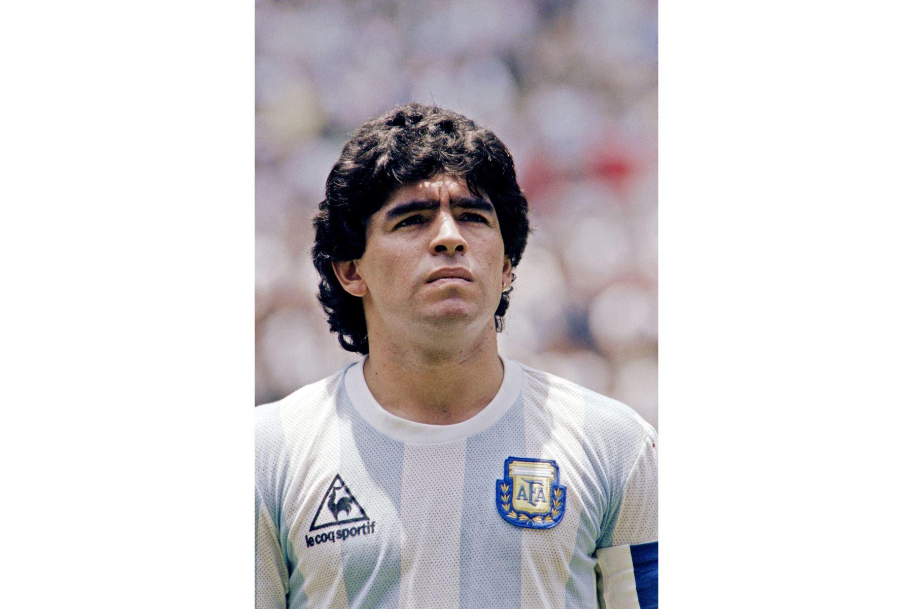 Foto tomada el 29 de junio de 1986. Retrato del mediocampista argentino Diego Maradona en la Ciudad de México antes del inicio de la final de la Copa del Mundo entre Argentina y Alemania Occidental. Foto: AFP